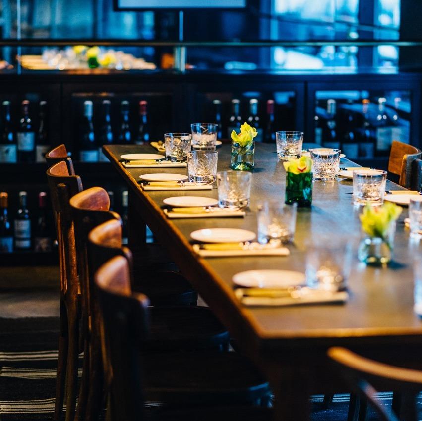 Brasserie Colette Tim Raue Gedeckter Tisch