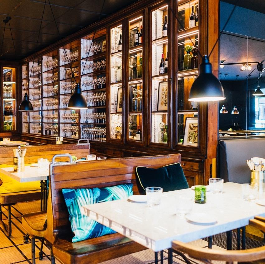 Brasserie Colette Tim Raue Einrichtung