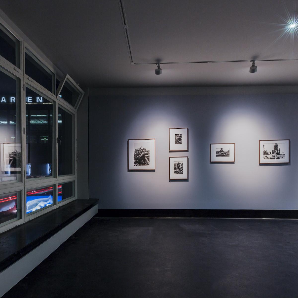 CO Berlin Amerika Haus Ausstellungsansicht 1OG rechts