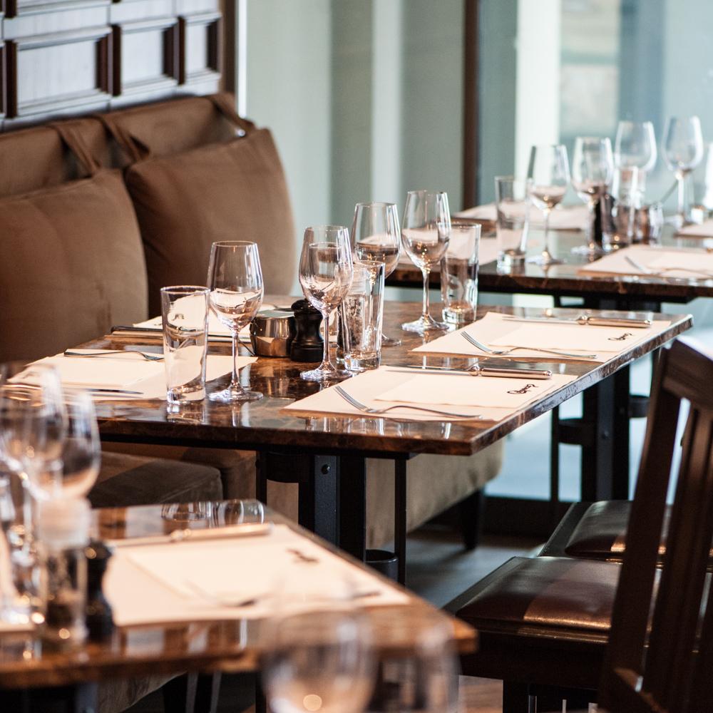 Commercio Restaurant Zürich Tische
