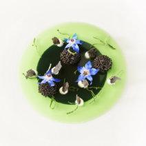 Hirschen Eglisau Gurkegelee mit Kaviar