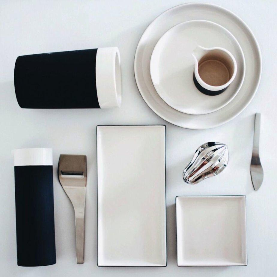 es ce concept München - Servierplatten und Becher aus Keramik von Magisso