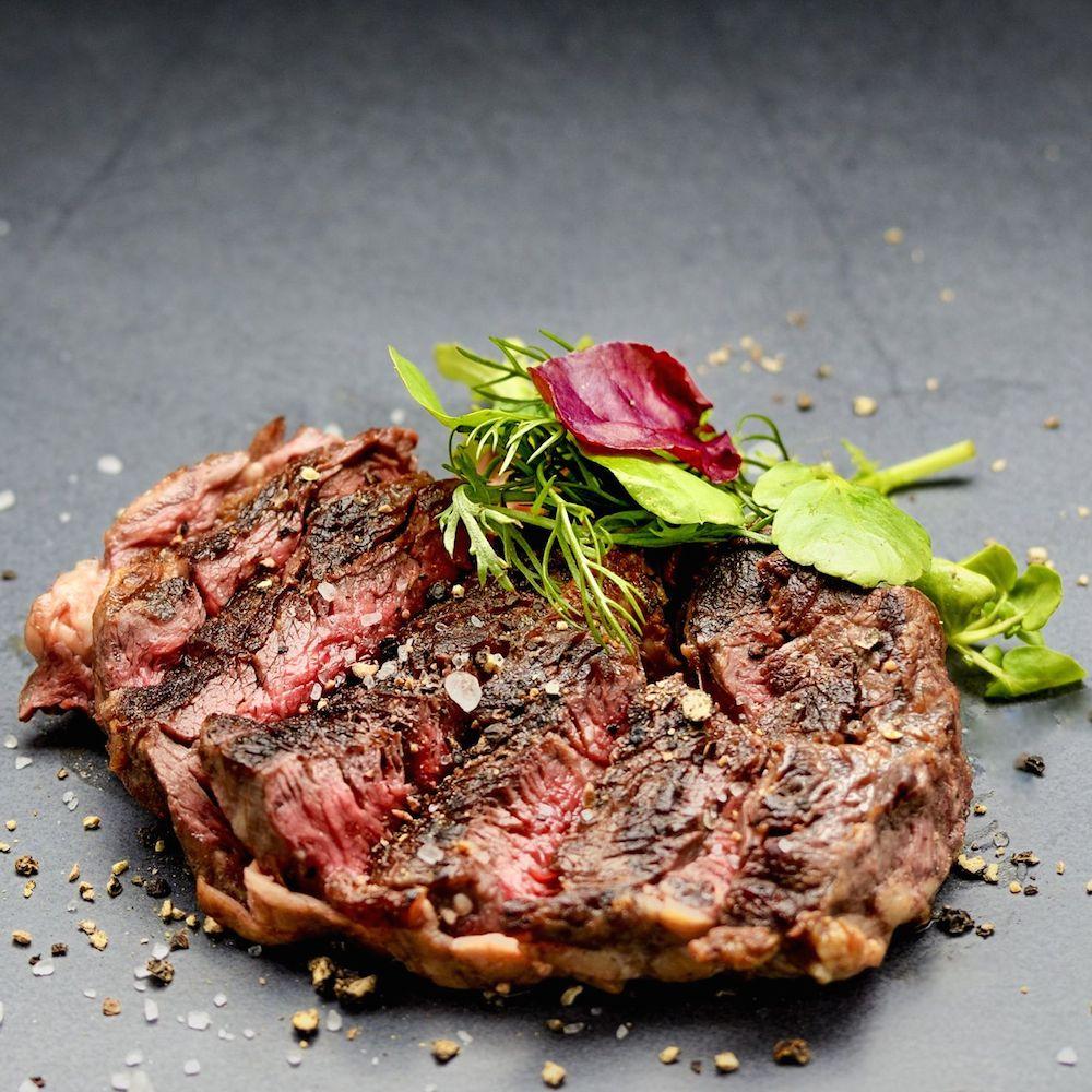 Mun Restaurant und Bar - Rib Eye Steak auf koreanische Art