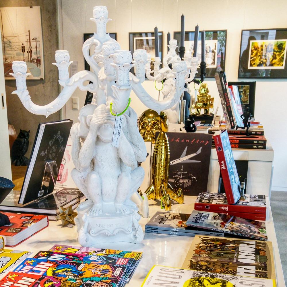 Notre Gout Art Concept Store Berlin Mitte Leuchter