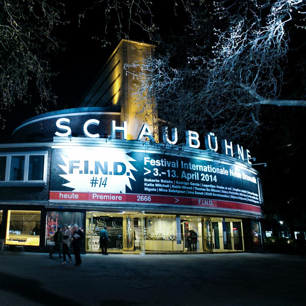 Schaubühne Theater Berlin Charlottenburg Außenansicht