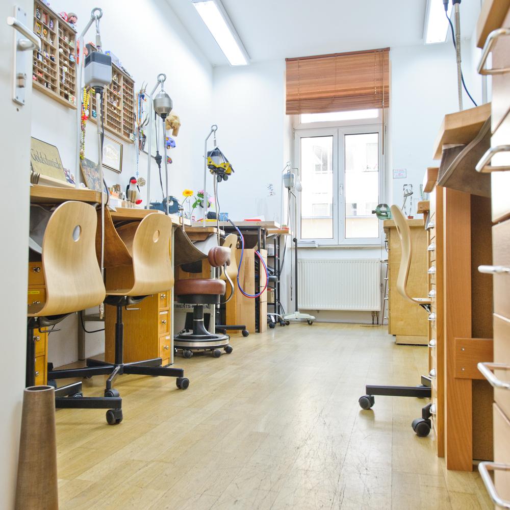 runde ringe goldschmiede isarvorstadt m nchen creme m nchen. Black Bedroom Furniture Sets. Home Design Ideas
