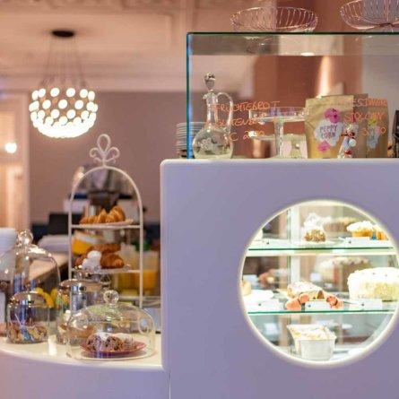 Sets Café und Restaurant in Charlottenburg-1