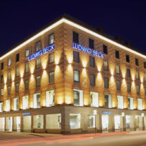 LUDWIG BECK Fassade Nachtaufnahme 2014