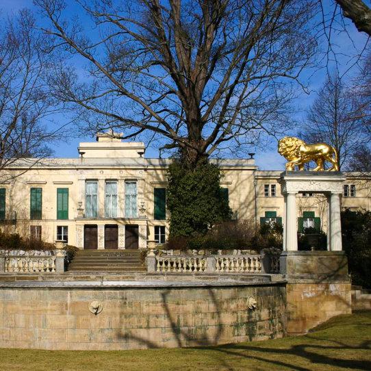 Schloss Glienicke bei Potsdam