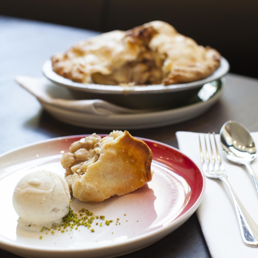 Baltho Restaurant Zürich Apple Pie