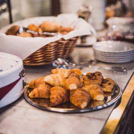 Hotel HENRI Berlin Frühstücksbuffet in offener Küche