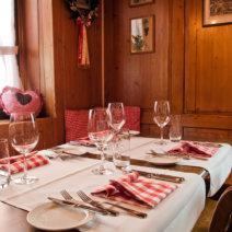 Drei Stuben Restaurant Tisch