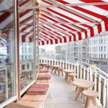 The Barn Café im Kranzler-Eck Terrasse