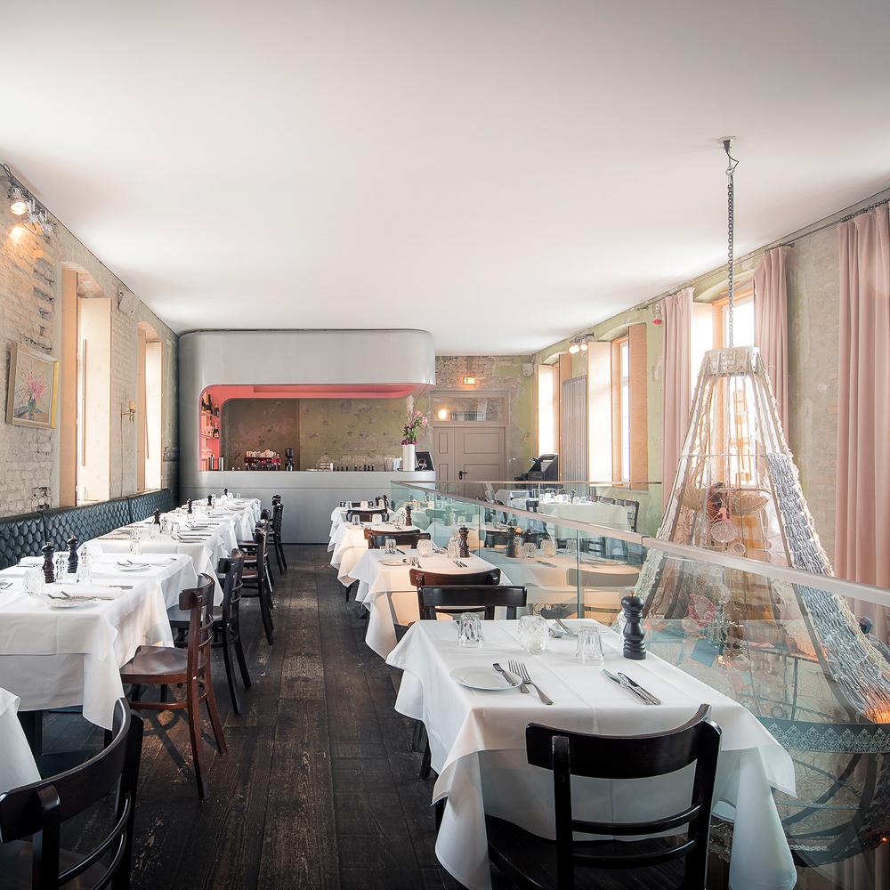 The Grand Restaurant Bar Club Berlin Tische