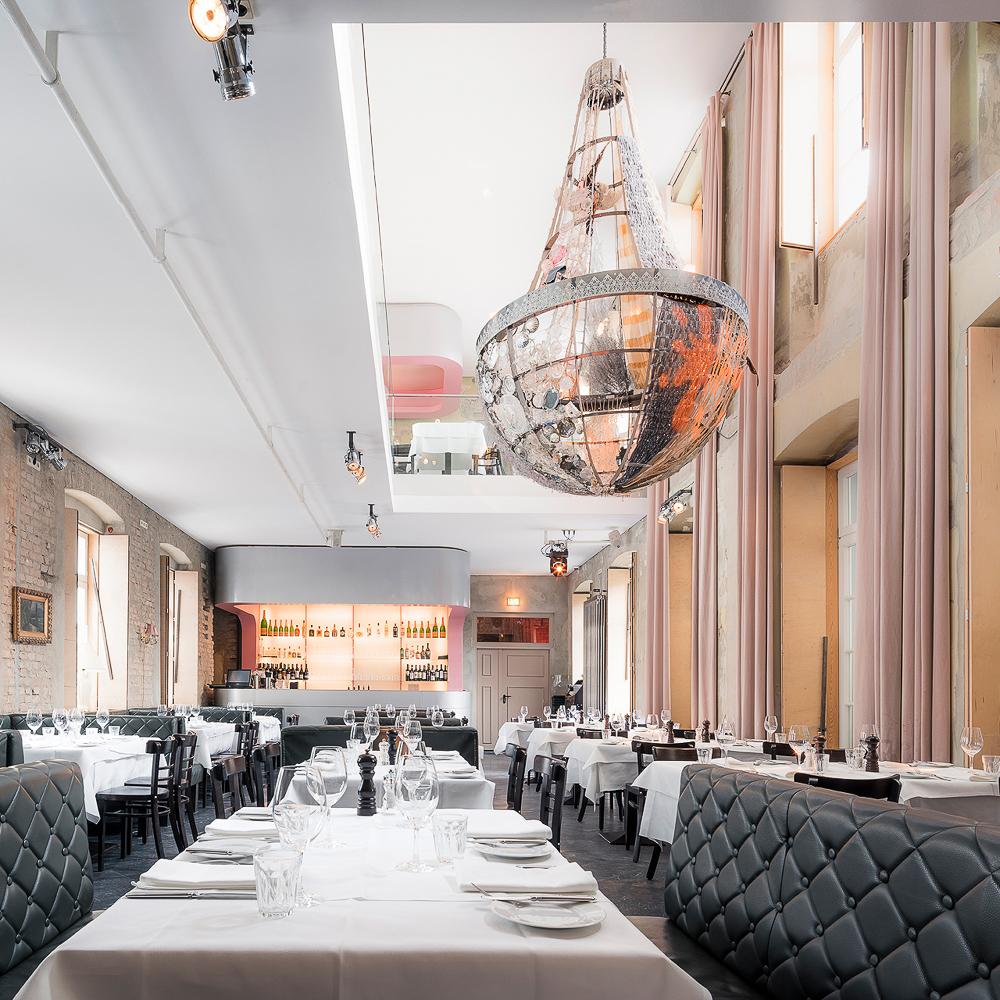 The Grand Restaurant Bar Club Berlin Tafel