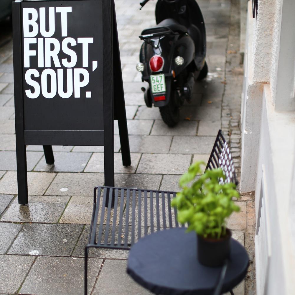 Urban Soup Suppe München Außenansicht