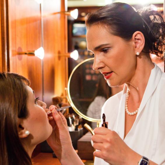 Gröger Beauty München_Kosmetikerin Annett Gröger
