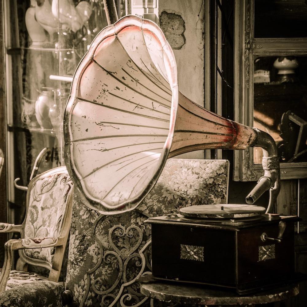 Antikmarkt Keferloh München Grammophon