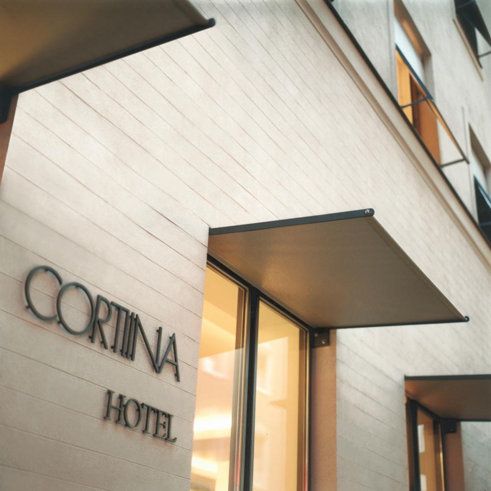 hotel cortiina zentrum m nchen creme guides. Black Bedroom Furniture Sets. Home Design Ideas