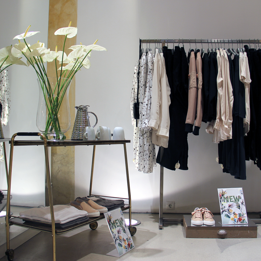N Five Fashion Store Wien-2