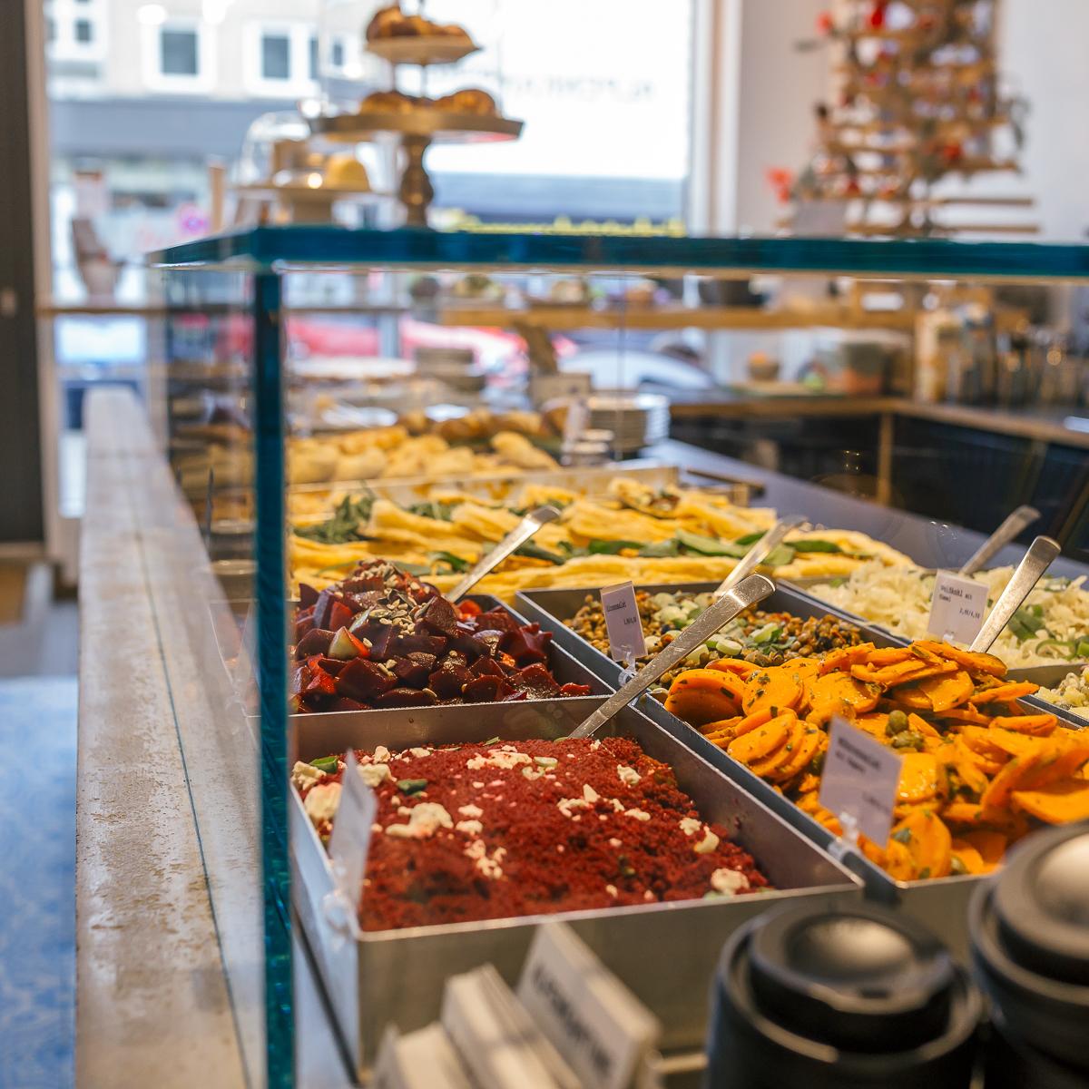 Restaurant Alpenkantine Hamburg-5