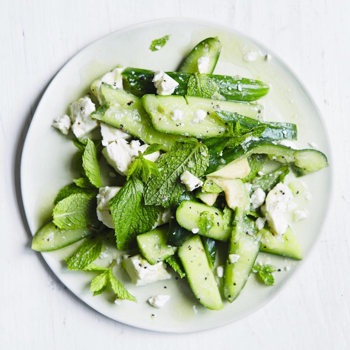 Salat Gurke, Minze und Avocado_Rezept Natasha Corrett