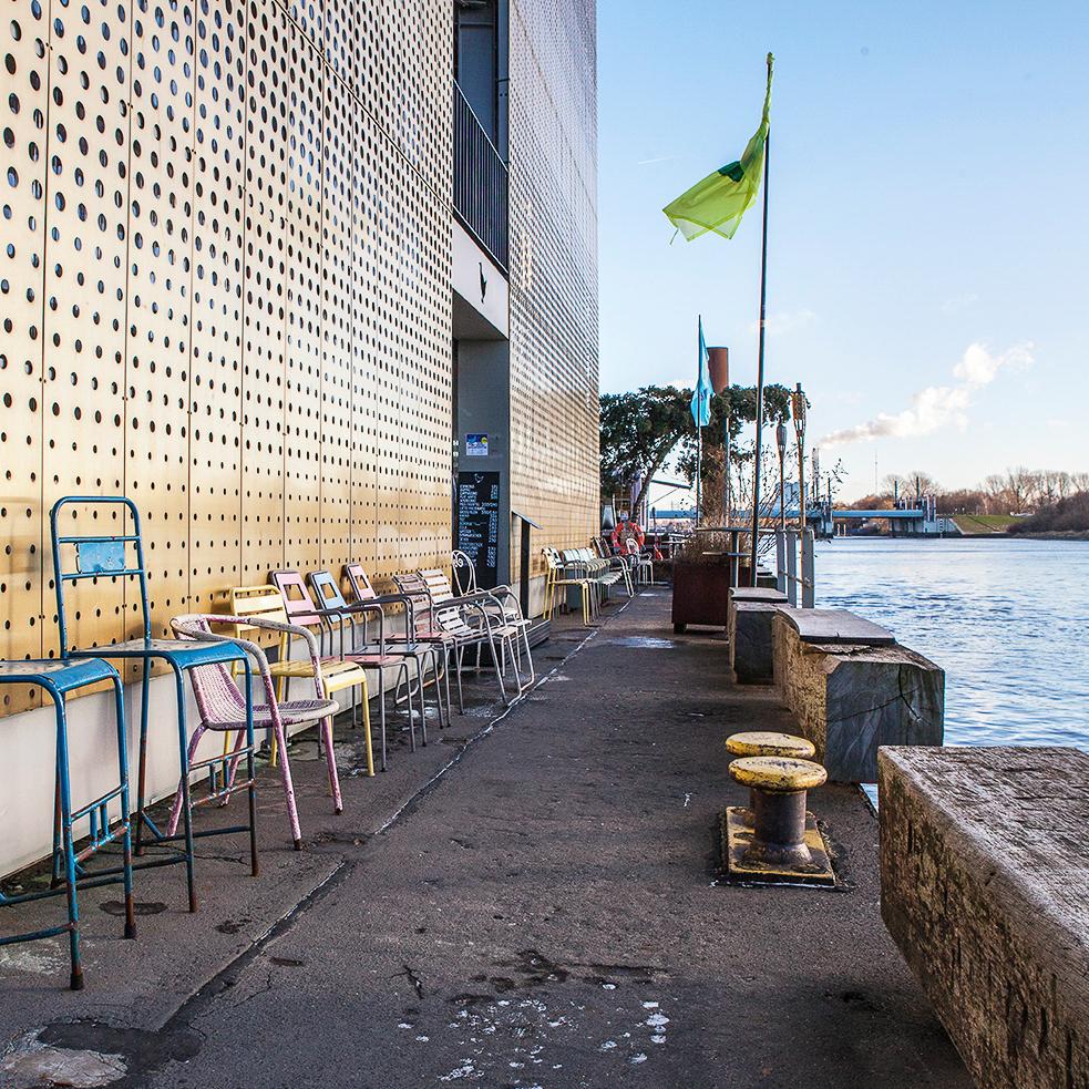 Café Entenwerder an der Elbe in Hamburg-2