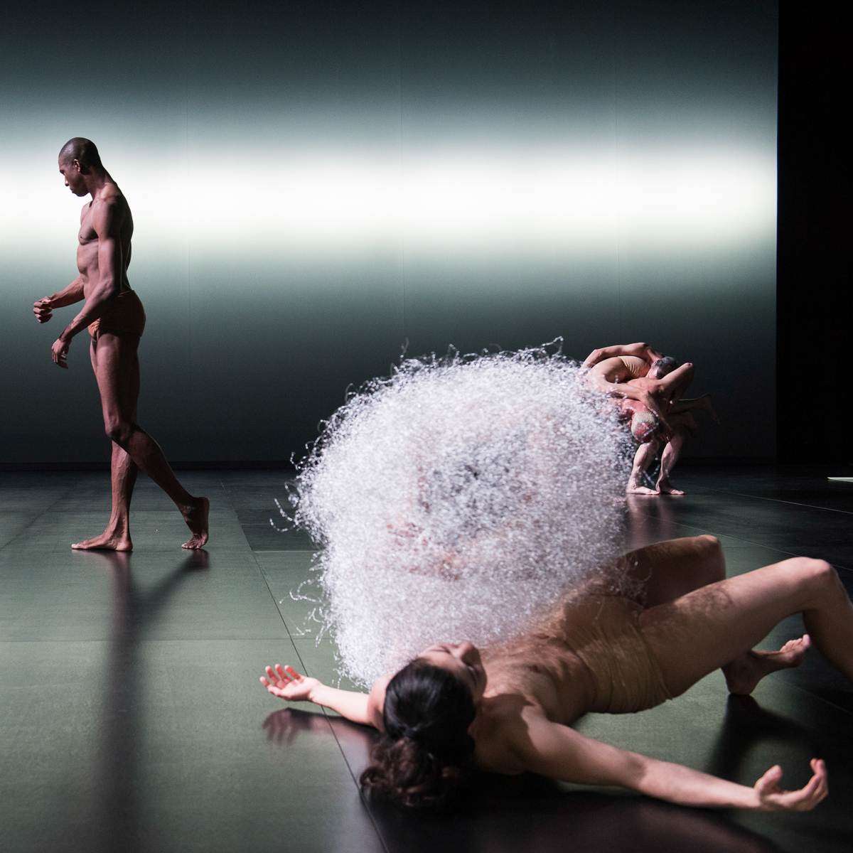 Kreatur Tanzsück von Sasha Waltz ©Sebastian Bolesch-2