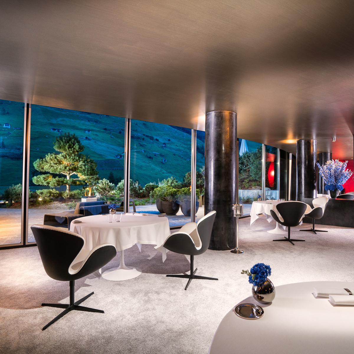7132 Hotel in Vals Restaurant Silver