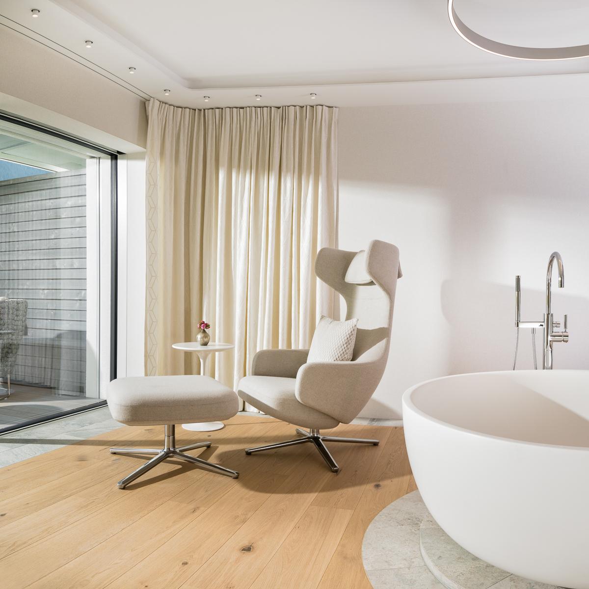 7132 Hotel in Vals Spa Suite