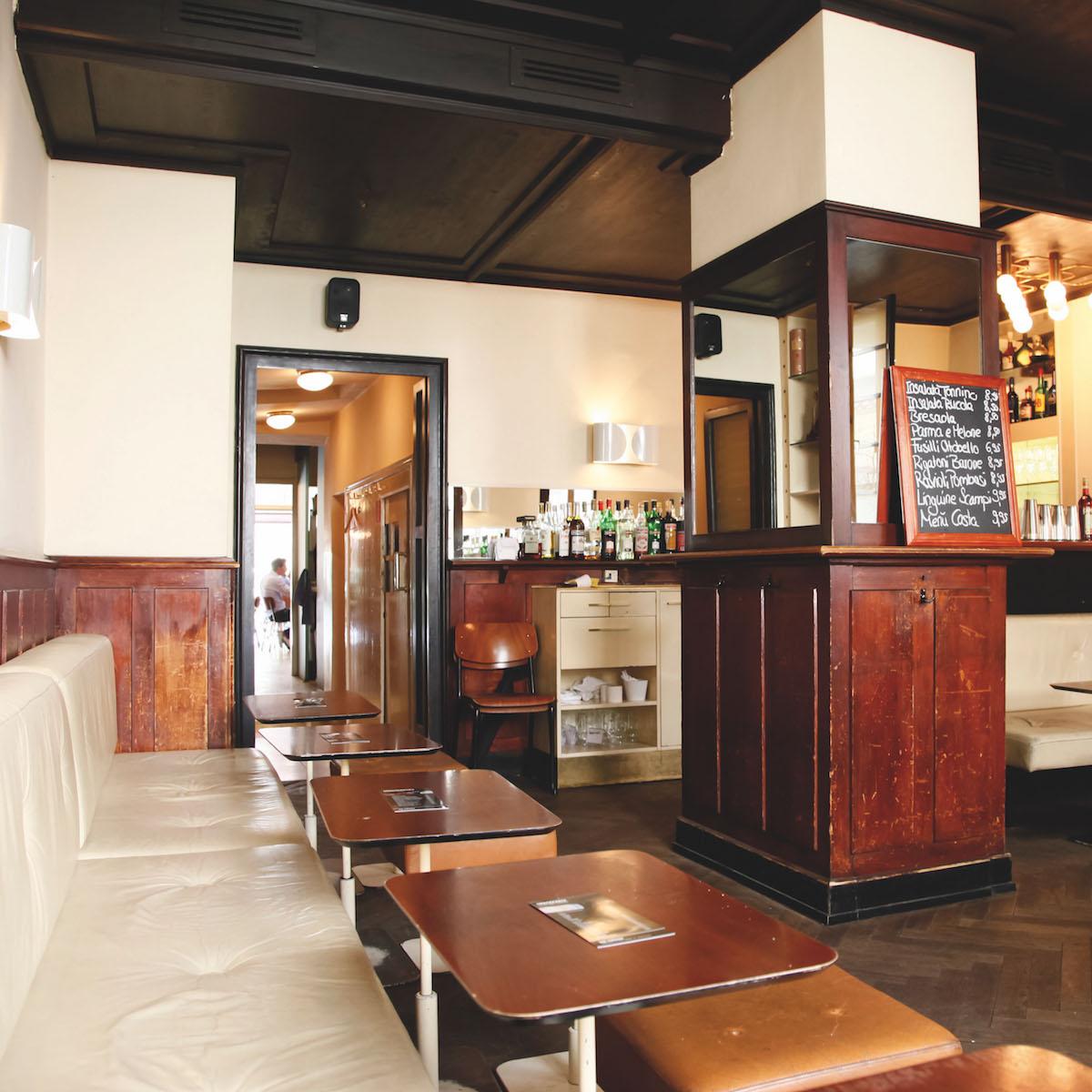 Bar Centrale Café in München Location