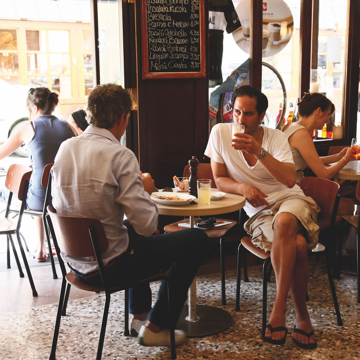 Bar Centrale Café in München