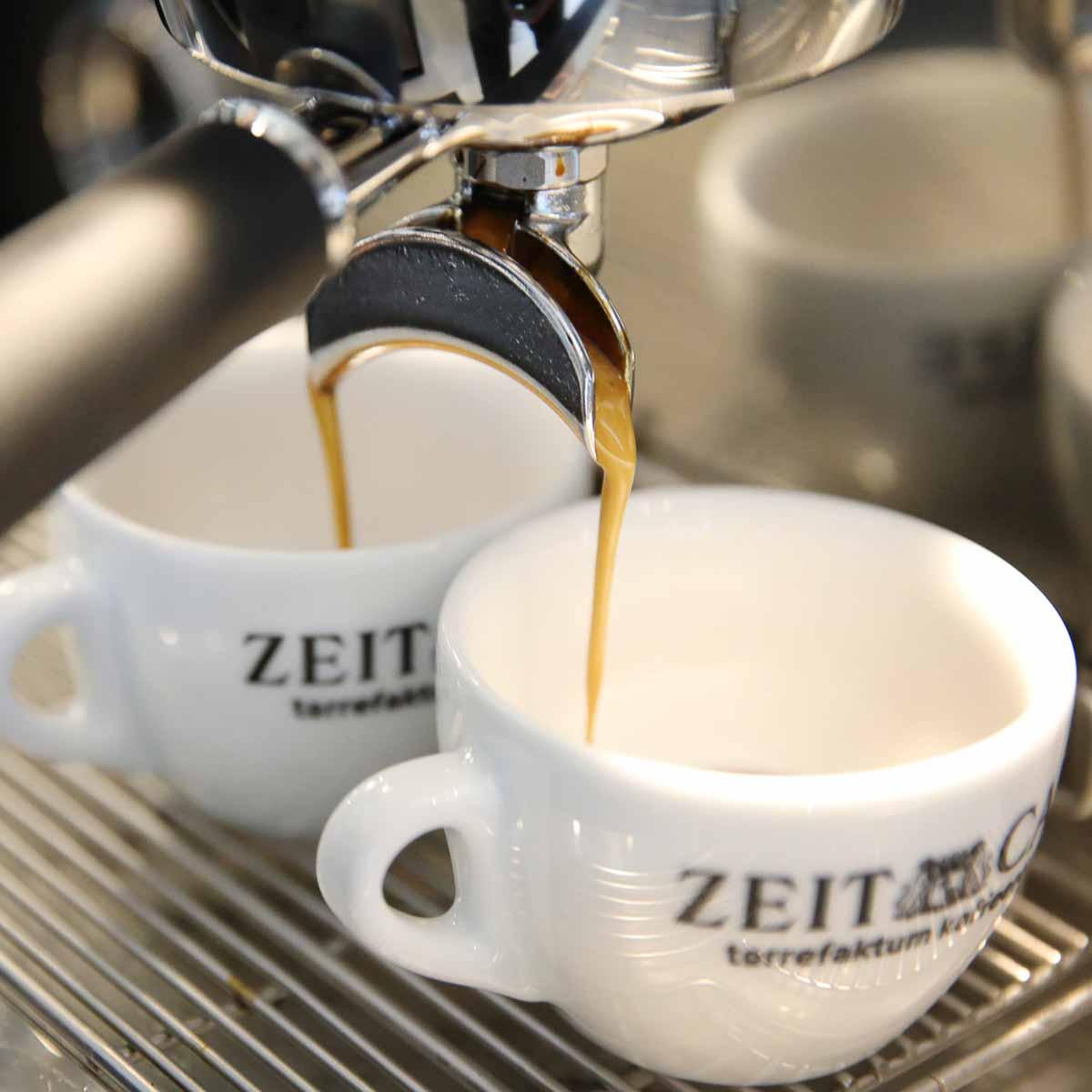 Zeit Café im Helmut-Schmidt-Haus Hamburg-2