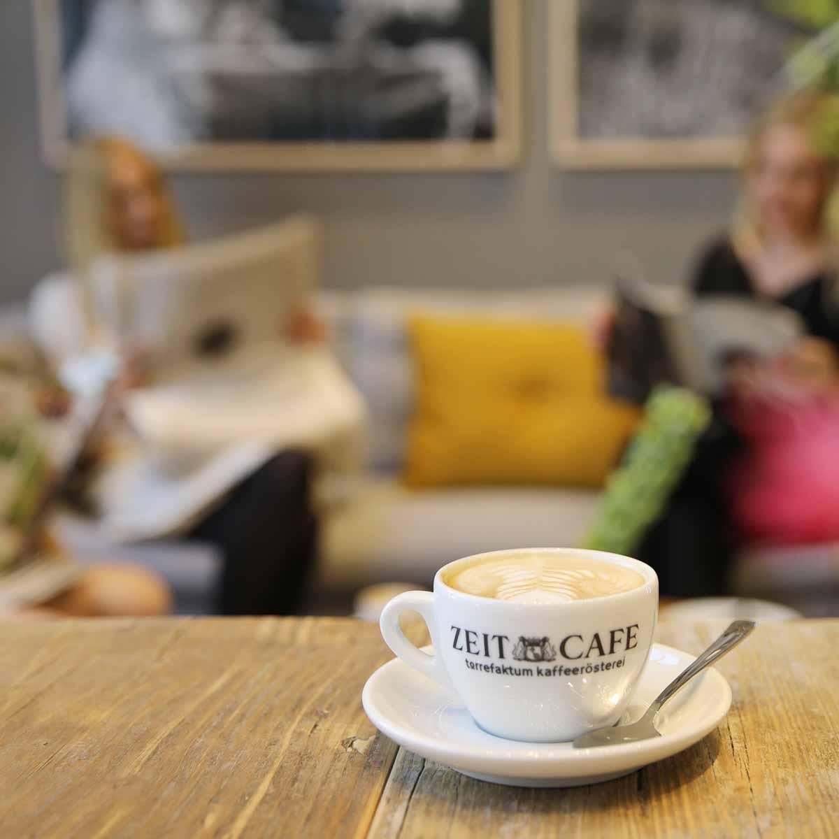 Zeit Café im Helmut-Schmidt-Haus Hamburg-3