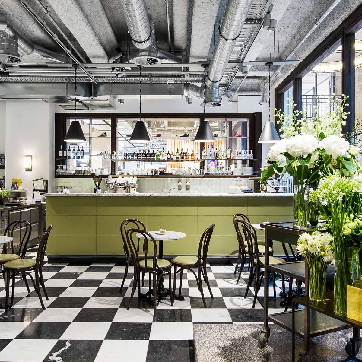Uzwei Hamburg Fashion Blumen & Café-4