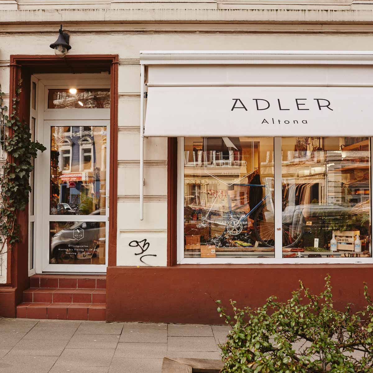 herren concept store adler altona hamburg creme guides. Black Bedroom Furniture Sets. Home Design Ideas
