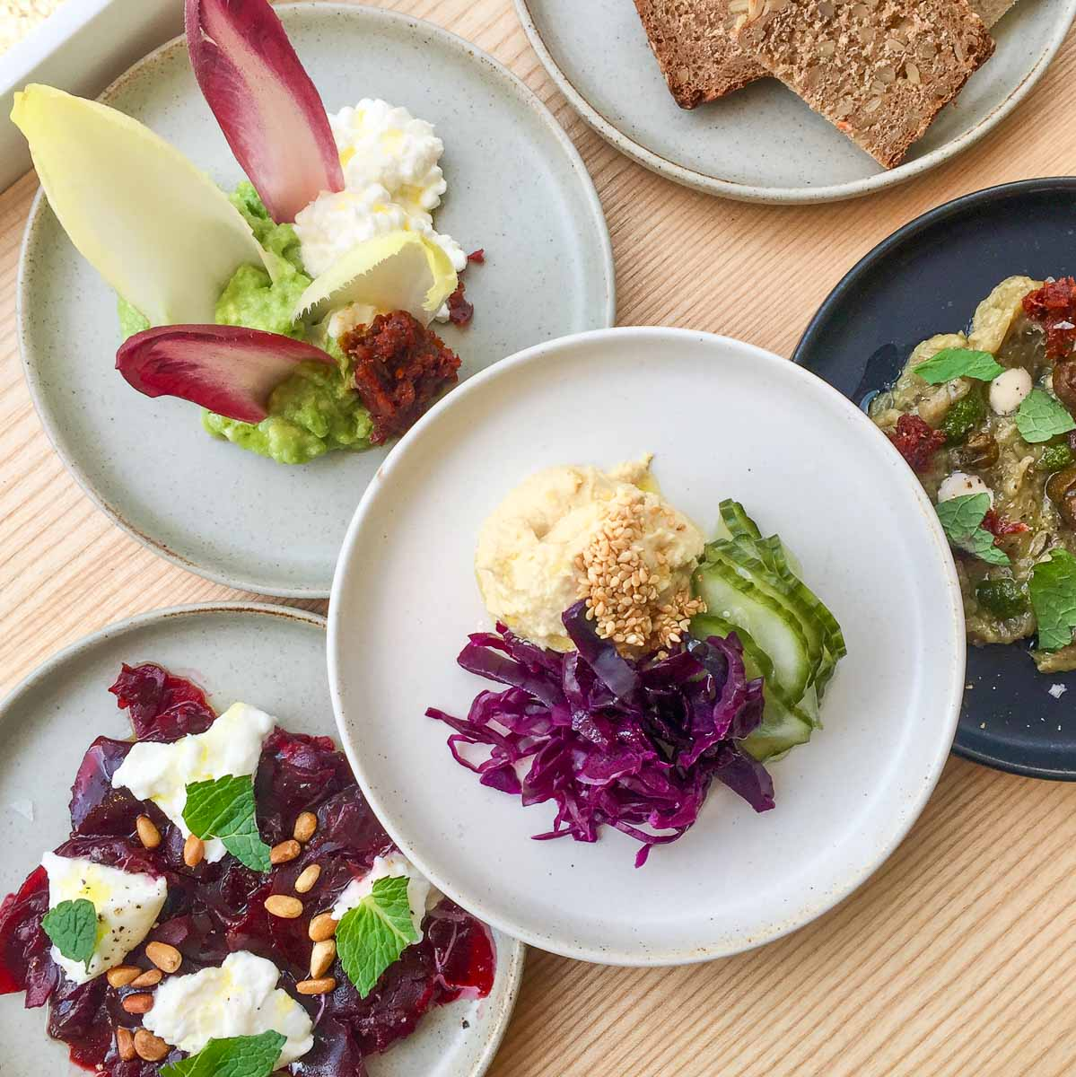 Restaurant Toki The White Rabbit Berlin Charlottenburg-4