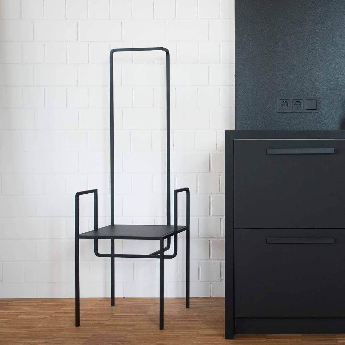 One Plus Elven Möbel in Editionen aus Berlin-10