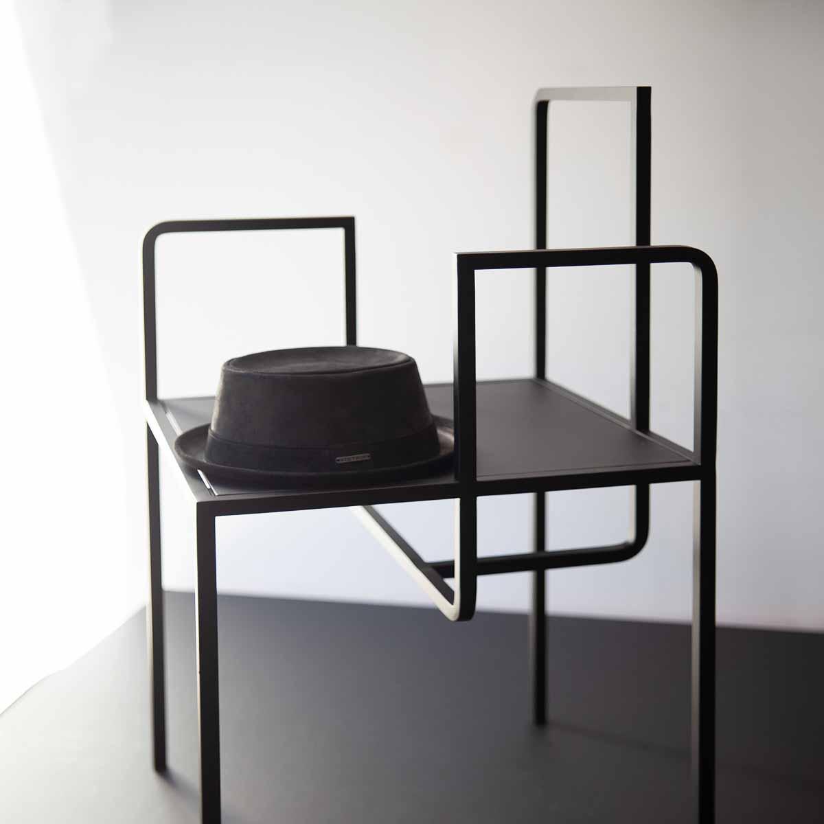 One Plus Elven Möbel in Editionen aus Berlin