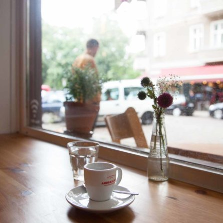 Neumanns Cafe Friedrichshain Espresso