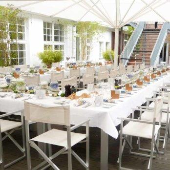 Sommergarten im Hotel Ellington Berlin Wilmersdorf 1