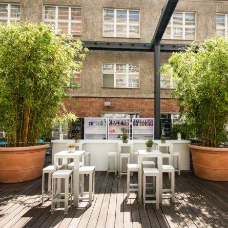 Sommergarten im Hotel Ellington Berlin Wilmersdorf 6