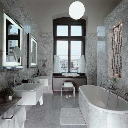 Badezimmer im Hotel de Rome Unter den Linden