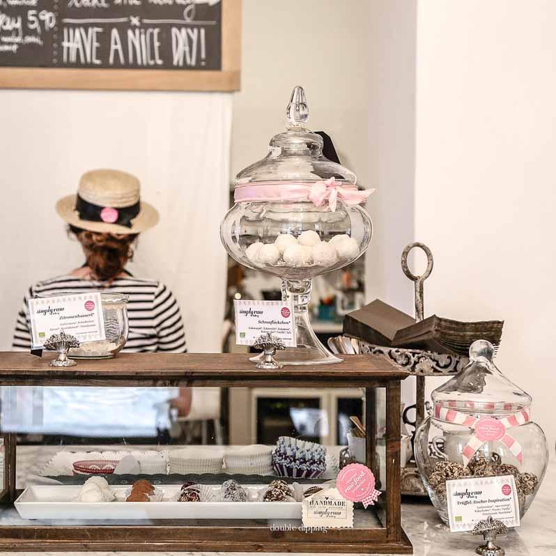 Café Simply Raw Bakery Wien-Simply Raw Bakery Wien © Marion Svoboda