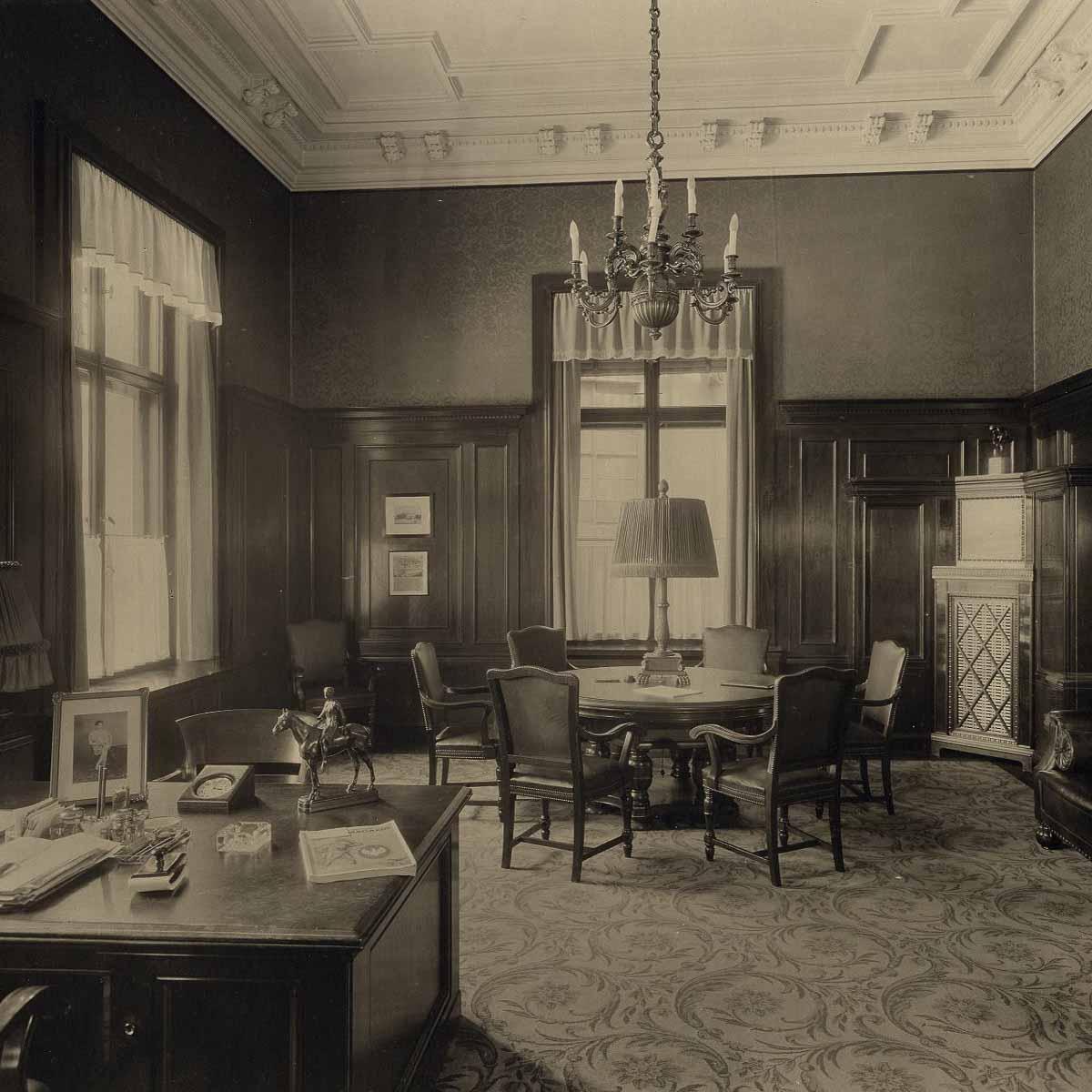 Historische Aufnahme Direktoren Zimmer Hotel de Rome 2