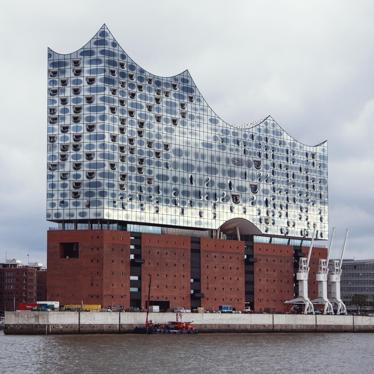 Elbphilharmonie In Der Hafencity Hamburg Creme Guides