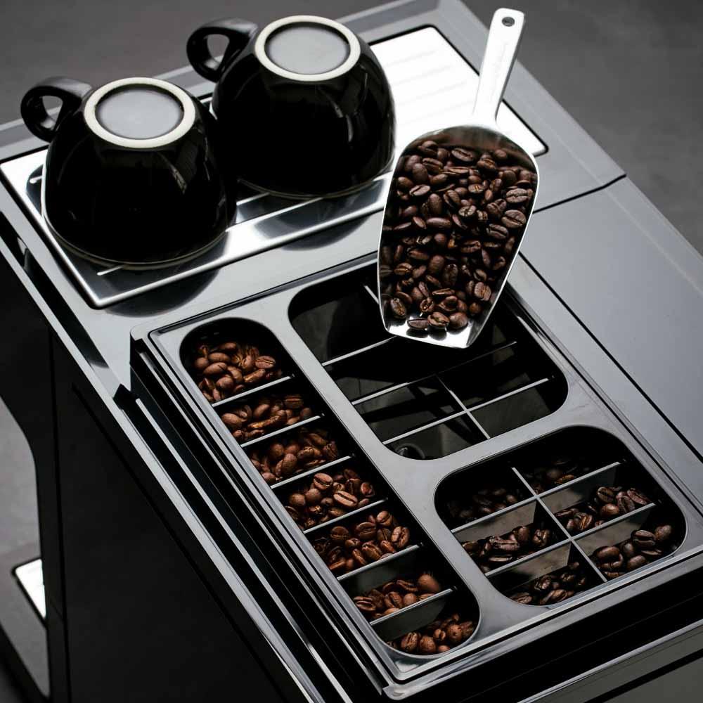 Miele Kaffeevollautomat CM 7750 CoffeeSelect 1