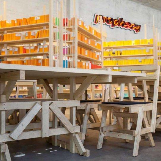 Lost Weekend Café Buchhandlung und Co-Working-Space in München-2
