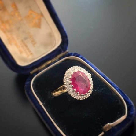 Schmuskstücke bei Antique Vintage Jewellery Berlin Mitte-13