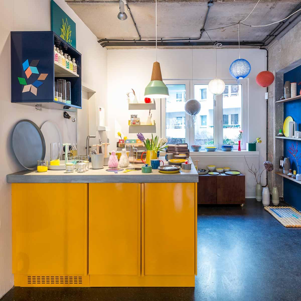 Concept Store The Amazing Crocodile in Berlin Mitte-6